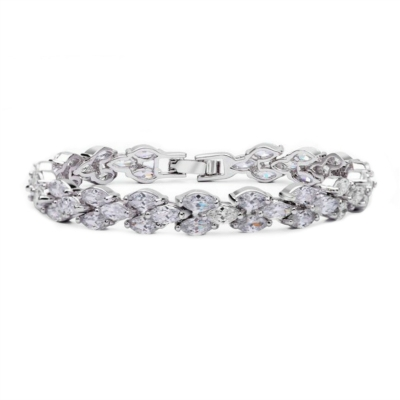 Clarice Bridal Bracelet: Elegant Clustered Leaves