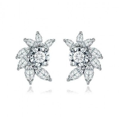 Andriana Bridal Earring: Sparkly Vintage Cluster