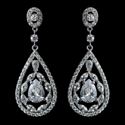 Penelope Bridal Earring: Premium Luxury Teardrop