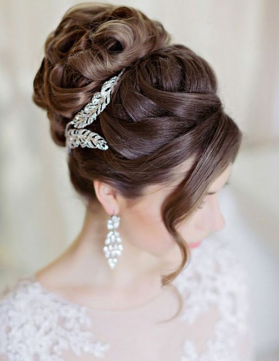 Bridal Hair Accessories For All Styles Of Weddings